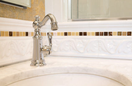 moen-faucet-built-in-custom-classic-tile-backsplash-renovation-bathroom