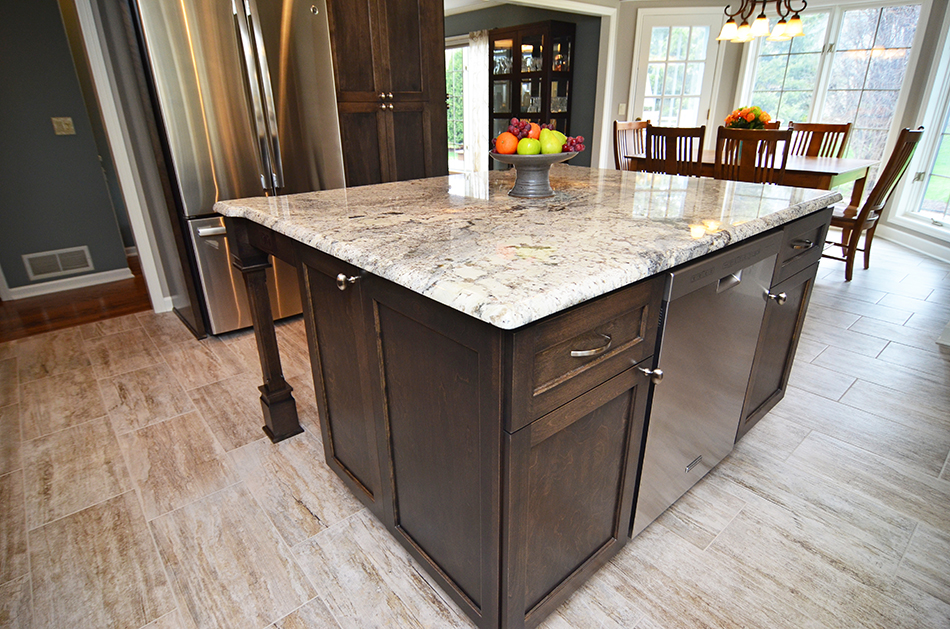 birch-kitchen-island-decorative-fluted-island-legs-brookfield
