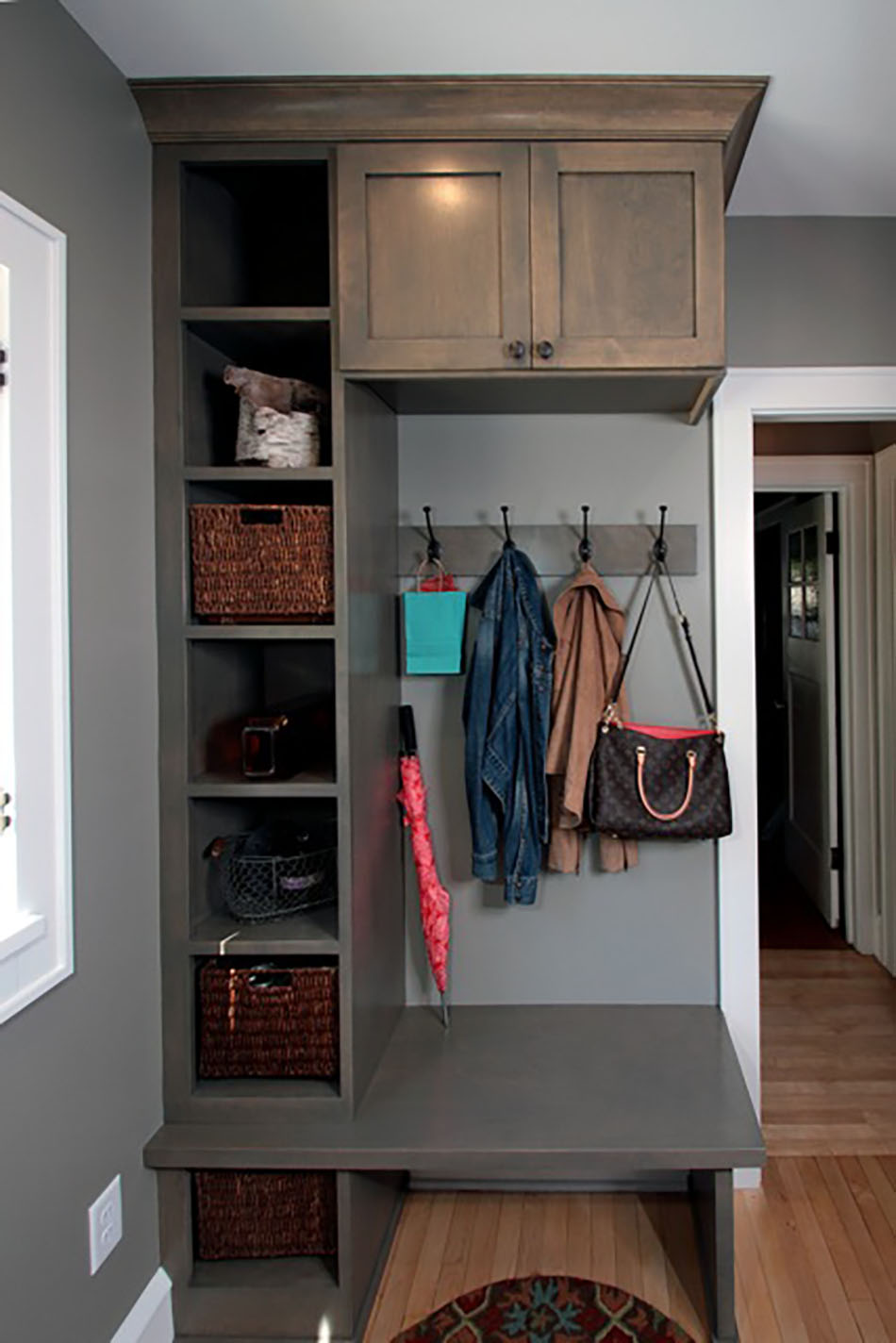 built-in-cubicles-coat-rack-hooks-boot-bench