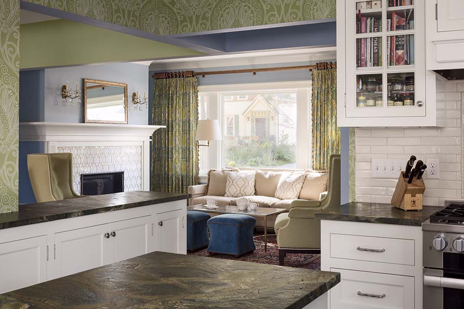 Kitchen-remodel-island-storage-fireplace-in-kitchen-whitefish-bay-wisconsin