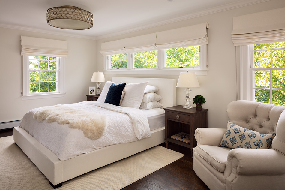 master-bedroom-custom-crown-molding-white-trim-milwaukee
