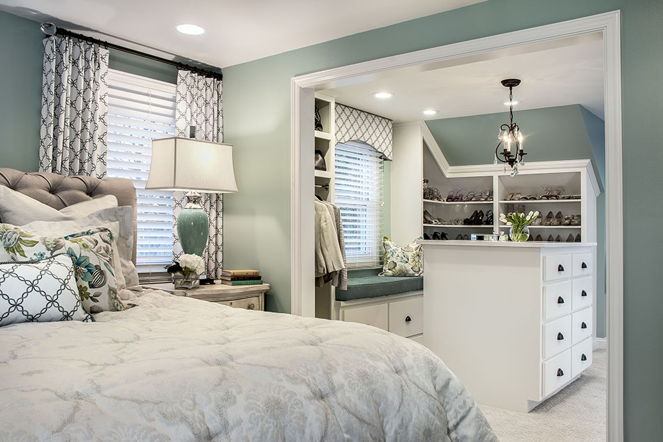 master-bedroom-master-closet-walk-in-custom-wood-trim-white