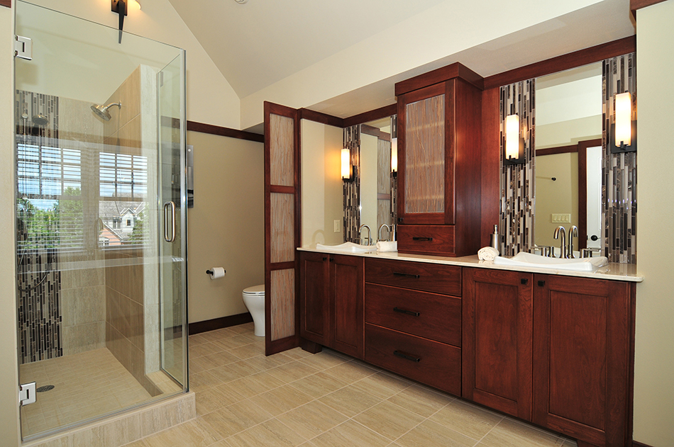 vanity-double-sink-built-in-glass-shower-privacy-screen-custom-north-shore-remodel
