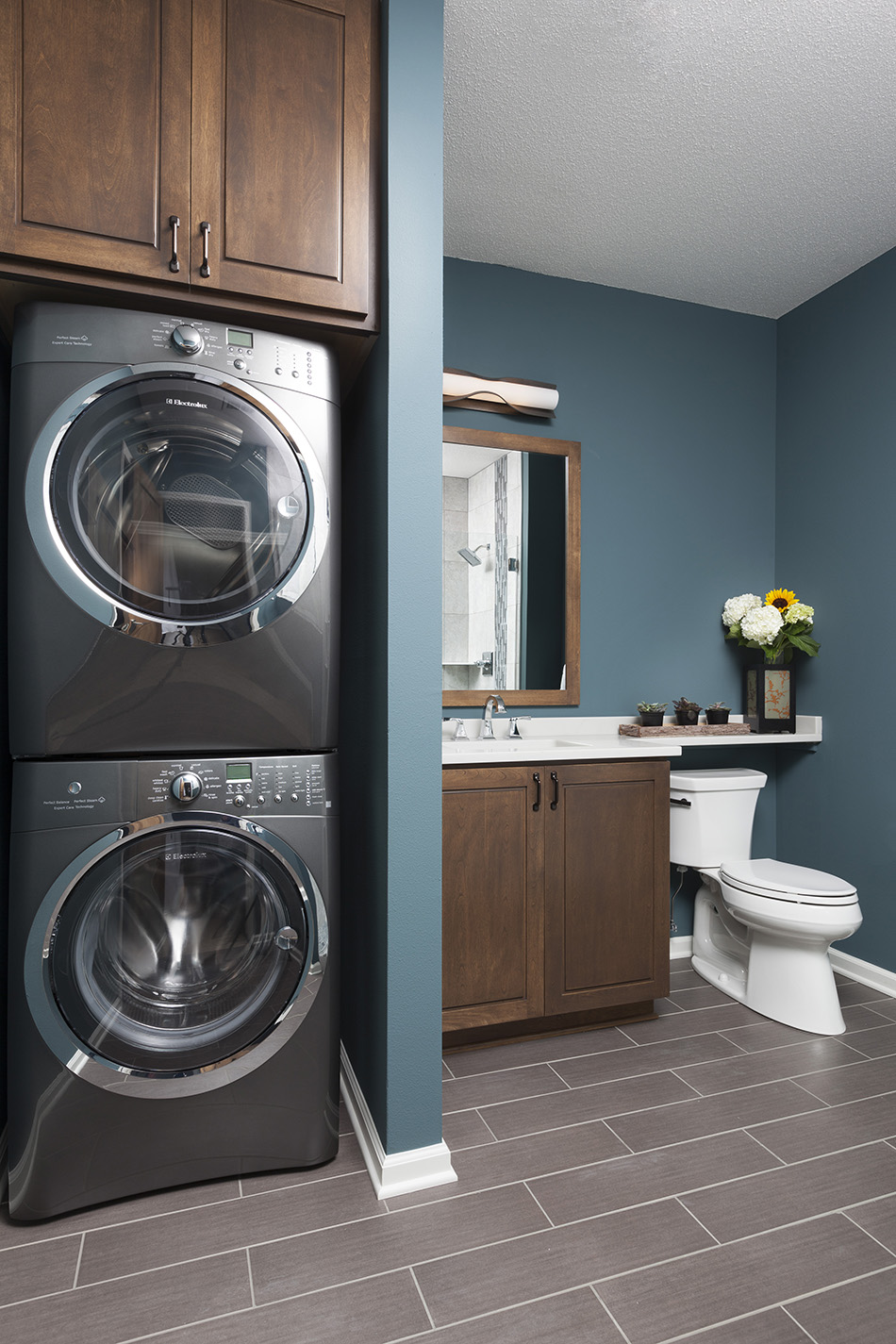 washer-dryer-stackable-vanity-built-in-laundry-bathroom