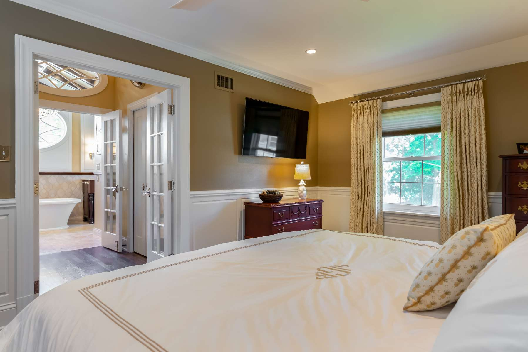 master-suite-addition-tongue-and-groove-white-oak-french-doors-whitefish-bay